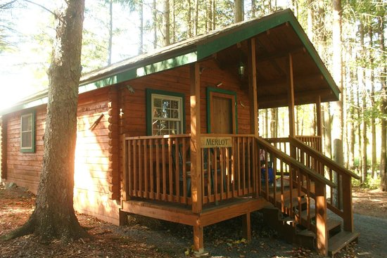 Buttonwood Grove Winery Cabins: The Merlot Cabin - one of 4 similar cabins