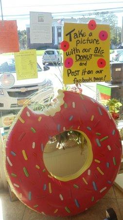 Paula's Donuts
