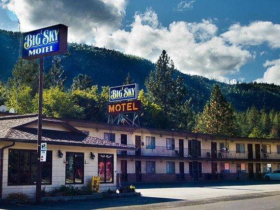 Big Sky Motel