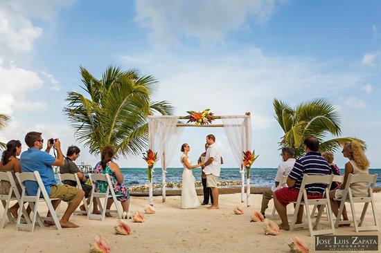 Las Terrazas Resort: Wedding ceremony