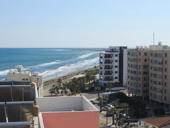 Flamingo Beach Hotel : View From Hotel