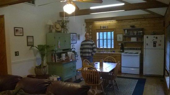 Retreat at Sky Ridge: Kitchen/Dine