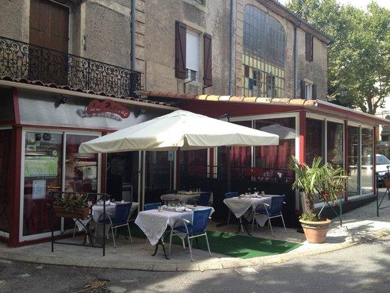 Aulas, France : Notre Terrasse d'été