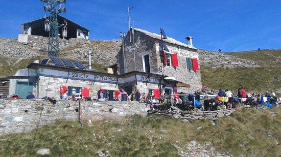 Oropa, Italy: La Capanna dalla cestovia
