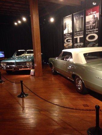 Pontiac-Oakland Automobile Museum: Smooth Ride :)