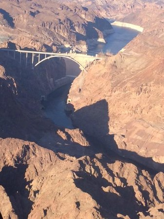 Grand Canyon Helicopter Air Tour With Limousine Upgrade additionally D684 5516ST5 in addition LocationPhotoDirectLink G45963 D4599551 I111891153 Sunshine Helicopters Grand Canyon Tours Las Vegas Nevada additionally D684 5602SWH 7D together with D684 2280CH. on helicopter ride grand canyon from vegas