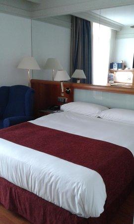 Senator Gran Via 70 Spa Hotel: Habitación