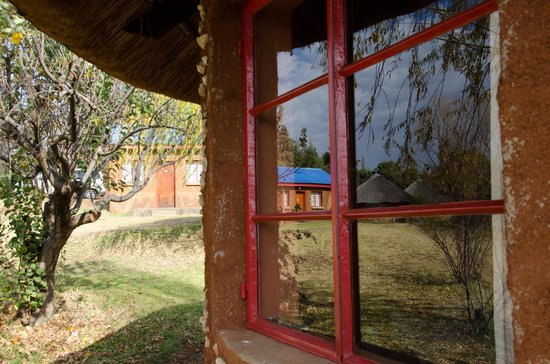 Malealea Lodge: Rondavels en-suite