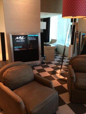 Skylofts at MGM Grand : Living Room