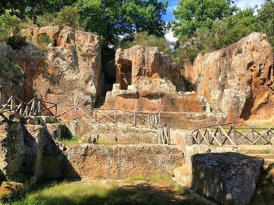 Parco Archeologico Citta del Tufo