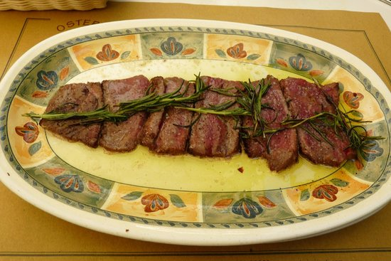 Osteria i Santi: Sliced beef with rosemary in Pisa