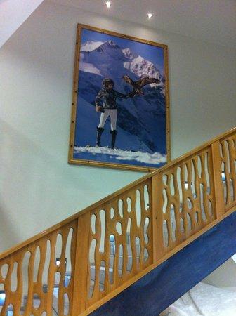 Hotel Fire & Ice: Escada