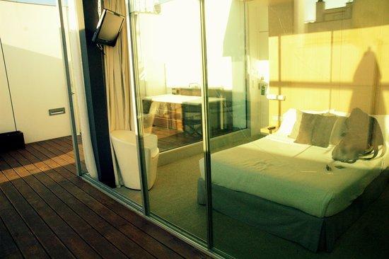 Alenti Sitges Hotel & Restaurant: lit vue de l'exteirieur