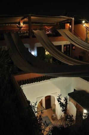 Riad Nora: Cuort by night