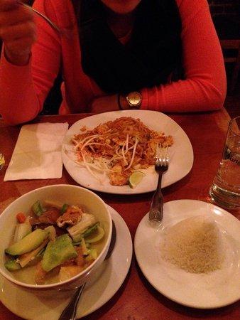 Chili Thai New York City Hell S Kitchen Menu Prices