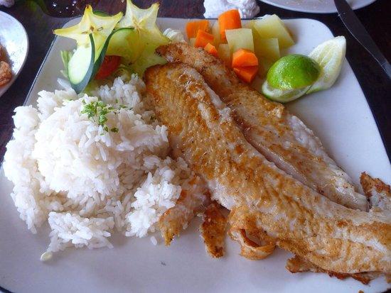 Captain Cook Restaurant : Дорада с рисом