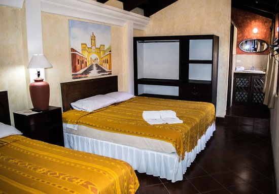 Hotel & Galería Uxlabi