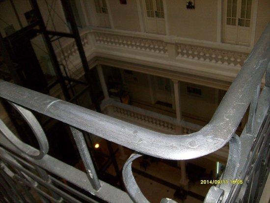 Merit Gran Hotel Victoria: vista del interior reciclado