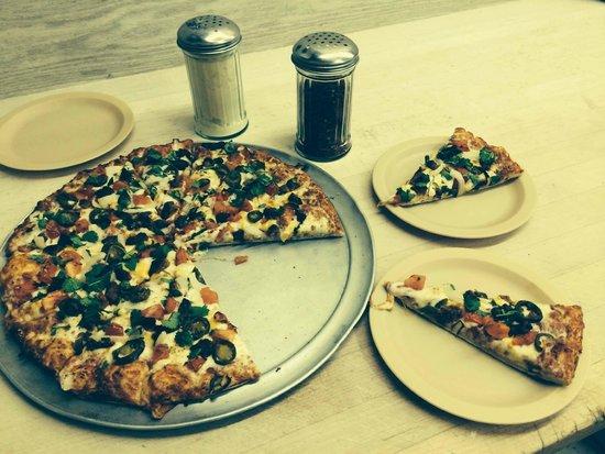 Санта-Паула, Калифорния: Zapparelli's Pizzeria