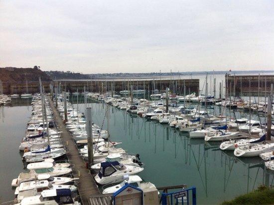 Hotel ibis Granville Port de Plaisance: Vue sur le port