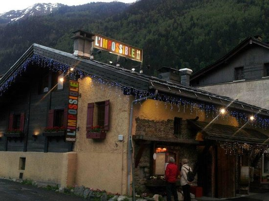 Chalet Blanche: L 'Impossible restaurant down the street