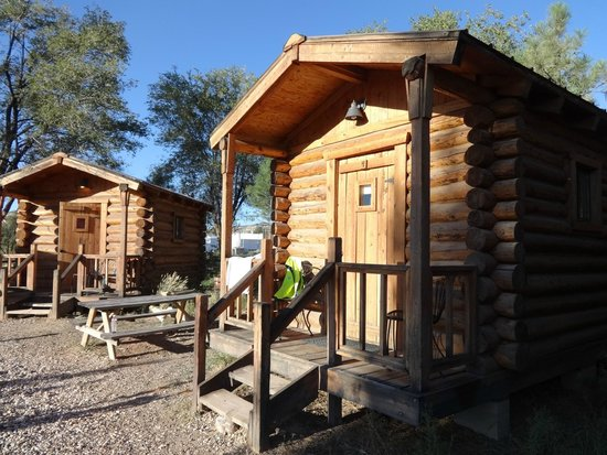 Escalante Outfitters, Inc -- The Bunkhouse: Our cabin, a little gem