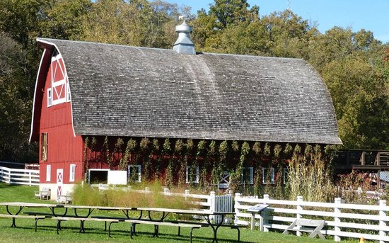 Seed Savers Exchange Heritage Farm: October garden and barn!