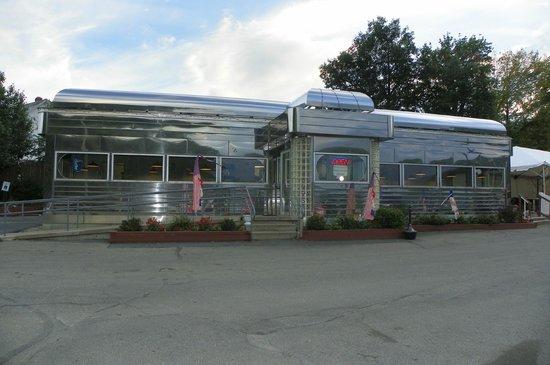 Prospect Mountain Diner & Lighthouse Cafe