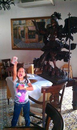 La Gran Francia: Mi beba frente al Arcangel
