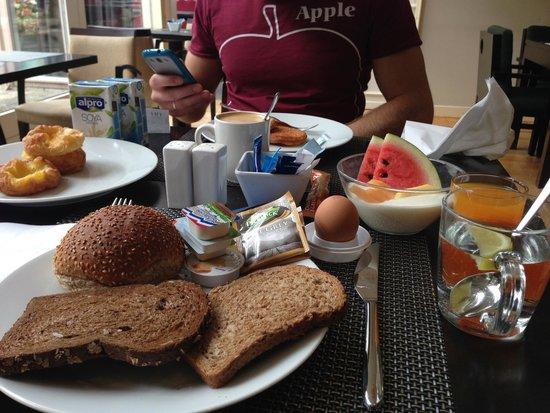 NH Bussum Jan Tabak: Frühstück