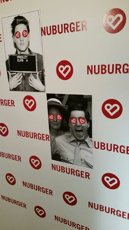 Nuburger: See that's me with Elvis, and everyone looks like that until your full, that's why another pictu
