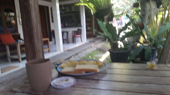 Teka-Teki House: Breakfast