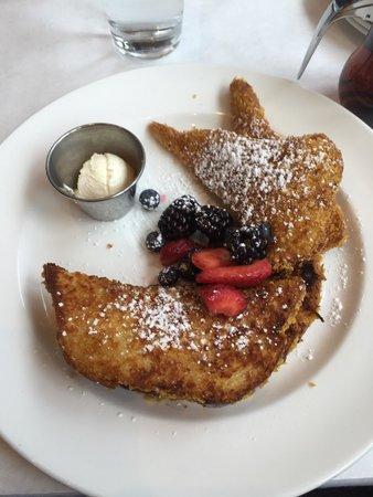 Hilton Garden Inn Washington DC / Georgetown Area: Breakfast