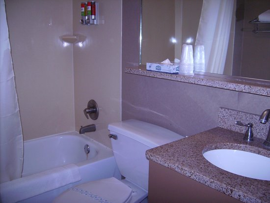 nyma, the New York Manhattan Hotel: banheiro