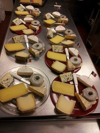 The Cheese Traveler Cheese plates for a French cheese and wine tasting event. & Cheese plates for a French cheese and wine tasting event. - Picture ...