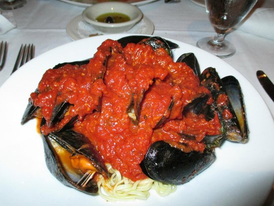 Alberto's Ristorante: Mussels Marinara