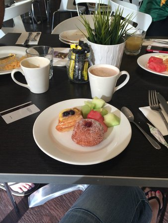 Ibis Sydney Darling Harbour: Breakfast nom