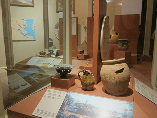 Hampton History Museum: Some of the early artifacts on display