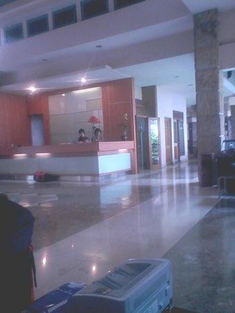 Topas Galeria Hotel: Lobby Topaz