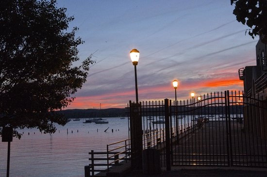 Nyack pier picture of nyack new york tripadvisor for Pier hotel new york