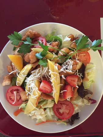 Susanville, Californië: Mango Chicken Salad