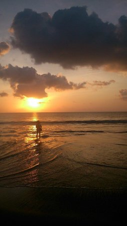Nusa Dua Peninsula, Indonesia: Sunset at jimbaran beach