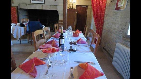 Ferme de la Ranconniere : Our tour group's table.