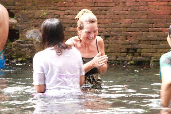 Noosa Bali Tours: purification ceremony