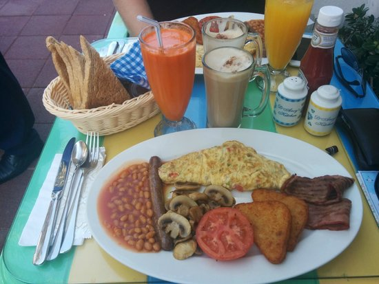 D'Arcy's Kitchen : The FULL english breakfast