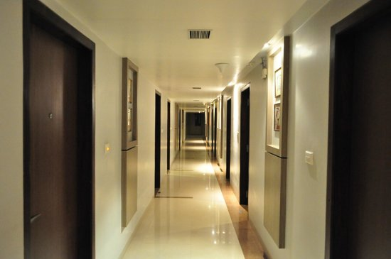 Kiranshree Portico: Corridor of the seventh floor