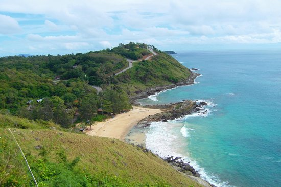 Ya Nui beach and Promthep cape only 5 minutes drive from Palm Village