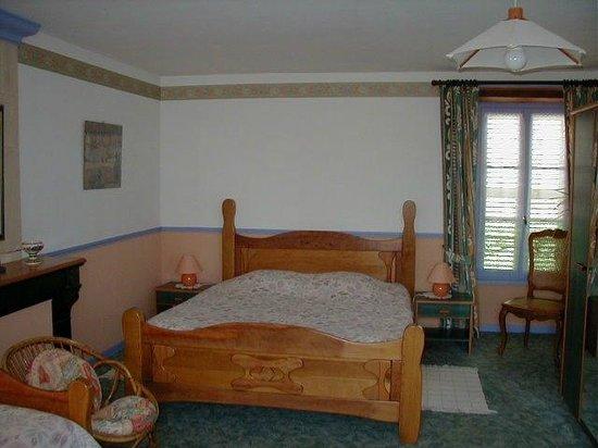 la flambardiere bayeux france voir les tarifs et avis chambres d 39 h tes tripadvisor. Black Bedroom Furniture Sets. Home Design Ideas