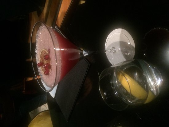 Swissotel Krasnye Holmy Moscow: Cocktail. Spoilt for choice.