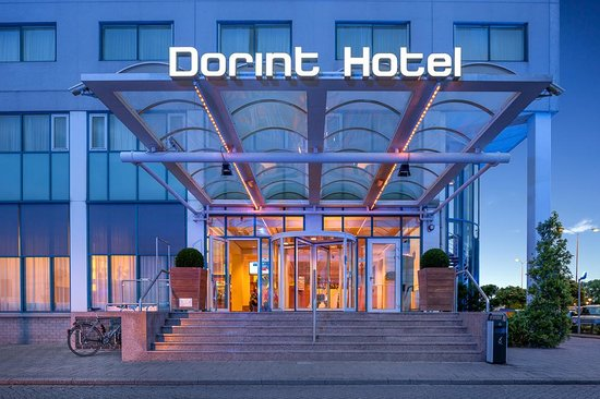 Dorint Airport Hotel Amsterdam: view of the entrance
